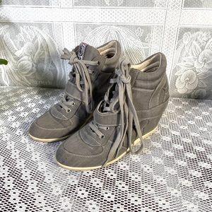 ASN women's wedges medium top shoes